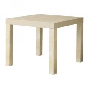 Mesa Lack efecto abedul. Ikea.