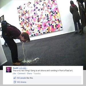 tia-vomitando-en-el-museo