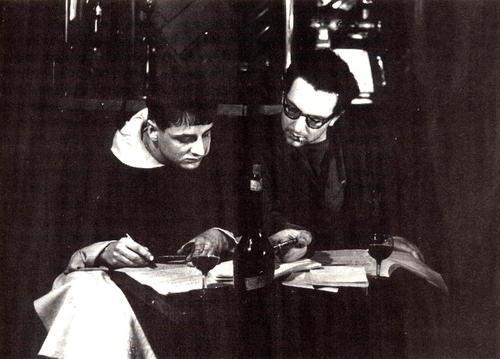Michel Mourre & Serge Berna revisando el discurso