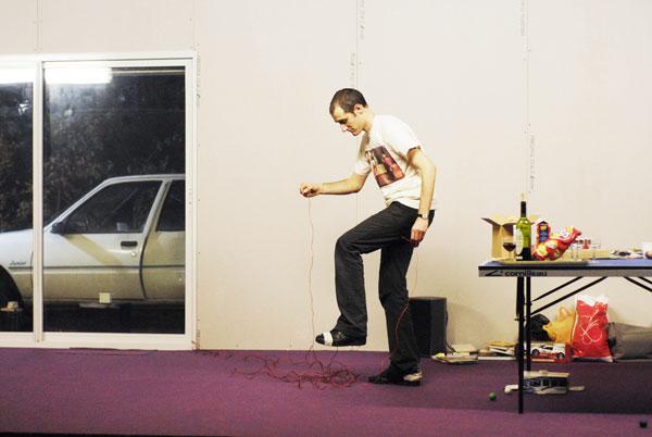 L'effet de Serge de Philippe Quesne / Vivarium Studio. Fotografía de Martin Argyroglo